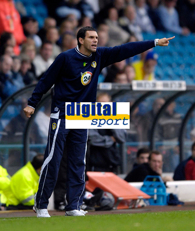 Photo: Jed Wee.<br />Leeds United v Southend United. Coca Cola Championship. 28/10/2006.<br /><br />Leeds' new assistant manager Gus Poyet.