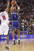 Olimpiadi Sydney 2000<br /> Italia - Usa<br /> Nella foto: Andrea Meneghin