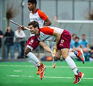 ALMERE - Hockey - Hoofdklasse competitie heren. ALMERE-HGC (0-1) .  Stijn Jolie (Almere) met Terrance Pieters (Almere)  COPYRIGHT KOEN SUYK