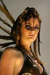 Apresentação de penteados no estande da Loreal na Hair Brasil 2007, maior evento de beleza da América Latina, realizado de 13 a 17 de abril, no Expo Center Norte, na zona norte de São Paulo. FOTO: Jefferson Bernardes/Preview.com
