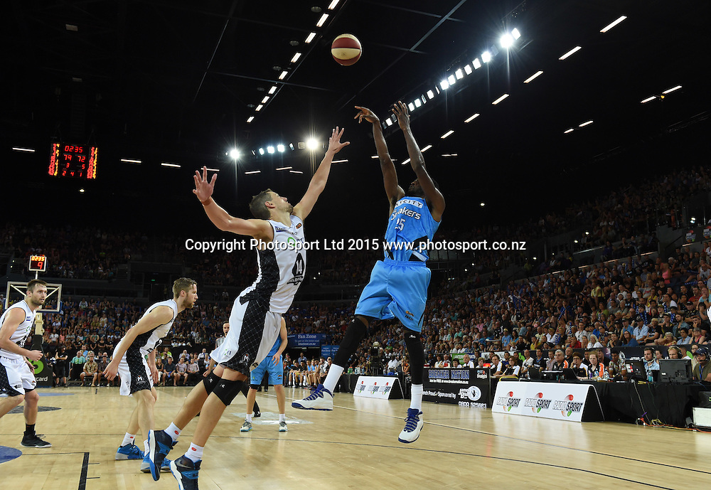 Ekene Ibekwe during the SkyCity Breakers v Melbourne United match. 2014/15 ANBL Basketball Season. Vector Arena, Auckland, New Zealand. Sunday 18 January 2015. Copyright Photo: Andrew Cornaga / www.photosport.co.nz