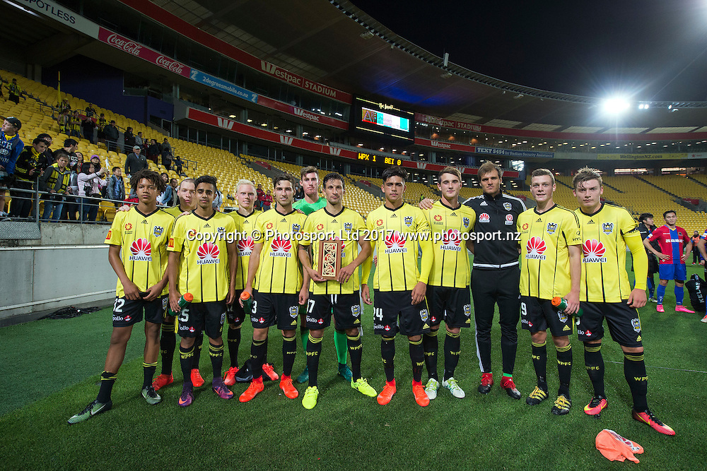The victorious Wellington Phoenix team pose after their win at the Huawei Mobile Sister City Cup, Wellington Phoenix vs Beijing BG, Westpac Stadium, Wellington, Tuesday 13th February 2017. Copyright Photo: Raghavan Venugopal / www.photosport.nz