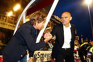 22-09-2015 VOETBAL: DOVO - WILLEM II:VEENENDAAL<br /> Hans Kraay jr feliciteert Jurgen Streppel van Willem II<br /> <br /> Foto: Geert van Erven