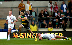 Tom Collins of Northampton Saints goes past Luke Frost of Leicester Tigers - Mandatory by-line: Robbie Stephenson/JMP - 29/07/2017 - RUGBY - Franklin's Gardens - Northampton, England - Northampton Saints v Leicester Tigers - Singha Premiership Rugby 7s