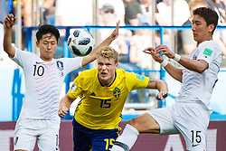 June 18, 2018 - Nizhny Novgorod, RUSSIA - 180618 Seungwoo Lee and Wooyoung Jung are being challenged by Oscar Hiljemark of Sweden during the FIFA World Cup group stage match between Sweden and South Korea on June 18, 2018 in Nizhny Novgorod..Photo: Joel Marklund / BILDBYRN / kod JM / 87716 (Credit Image: © Joel Marklund/Bildbyran via ZUMA Press)