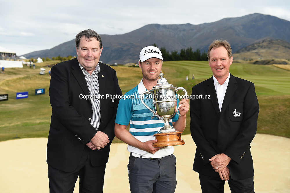 Australia's Matthew Griffin with the Brodie Breeze trophy and NZ Golf officials after winning the NZ Open at The Hills during 2016 BMW ISPS Handa New Zealand Open. Sunday 13 March 2016. Arrowtown, New Zealand. Copyright photo: Andrew Cornaga / www.photosport.nz