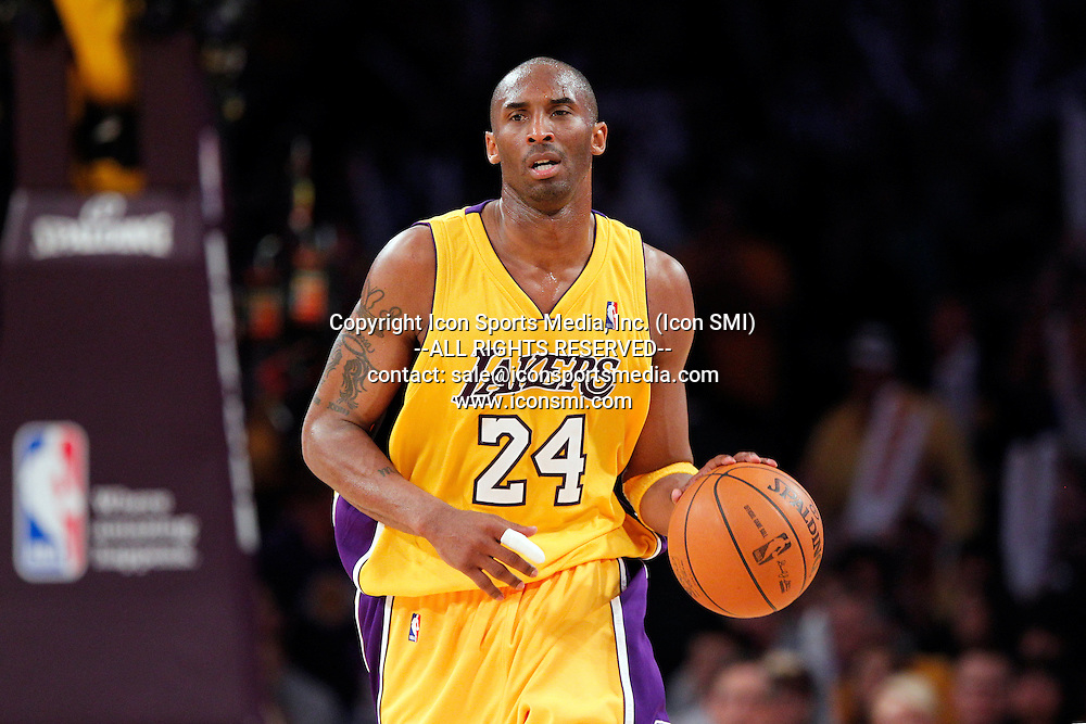 19 May 2010: Kobe Bryant (24) during game 2 of the NBA Playoffs Western Conference Finals between the Phoenix Suns and the Los Angeles Lakers at the Staples Center in Los Angeles, CA.
