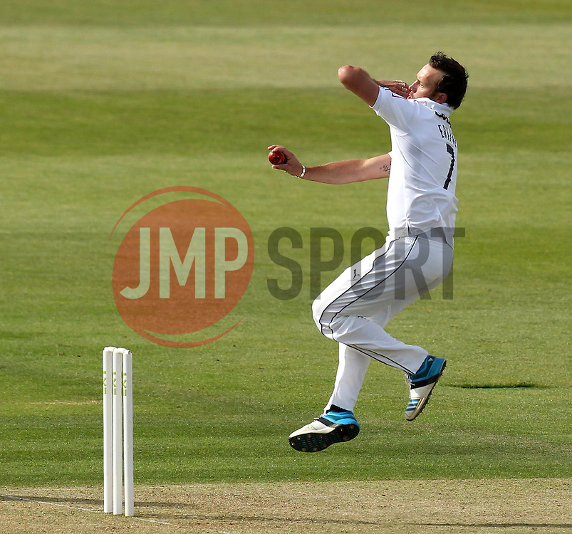 Hampshire's Sean Ervine bowls - Photo mandatory by-line: Robbie Stephenson/JMP - Mobile: 07966 386802 - 21/06/2015 - SPORT - Cricket - Southampton - The Ageas Bowl - Hampshire v Somerset - County Championship Division One