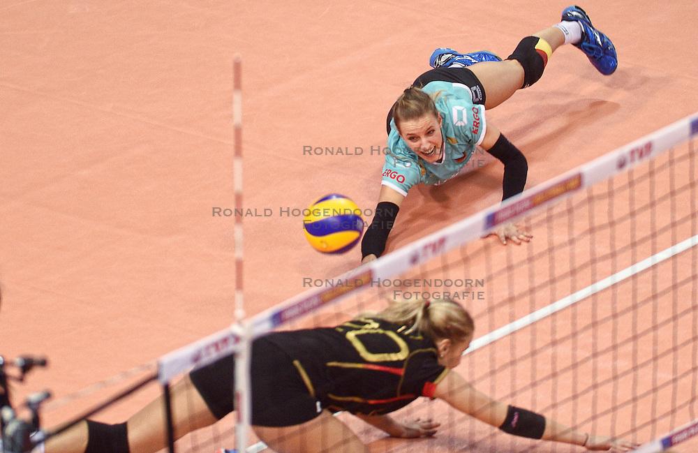 06-01-2016 TUR: European Olympic Qualification Tournament Duitsland - Kroatie, Ankara<br /> Duitsland verslaat Kroatie en moet wachten op Nederland om te zien of ze doorgaan / Lenka Durr #1 of Germany