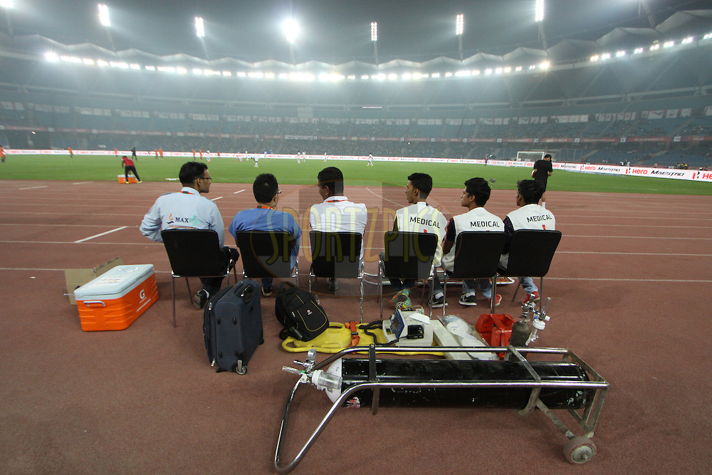 Medical staff during match 12 of the Hero Indian Super League between The Delhi Dynamos FC and Chennaiyin FCheld at the Jawaharlal Nehru Stadium, Delhi, India on the 25th October 2014.<br /> <br /> Photo by:  Arjun Panwar/ ISL/ SPORTZPICS