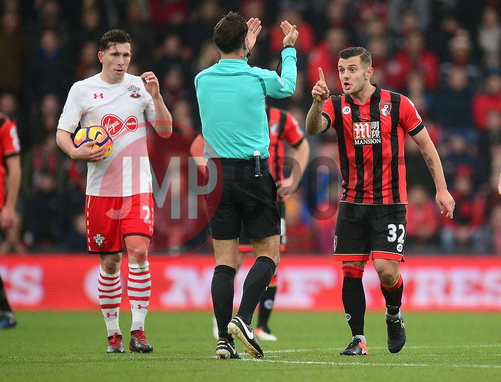 Jack Wilshere of Bournemouth confronts Referee Mark clattenburg  - Mandatory by-line: Alex James/JMP - 18/12/2016 - FOOTBALL - Vitality Stadium - Bournemouth, England - Bournemouth v Southampton - Premier League