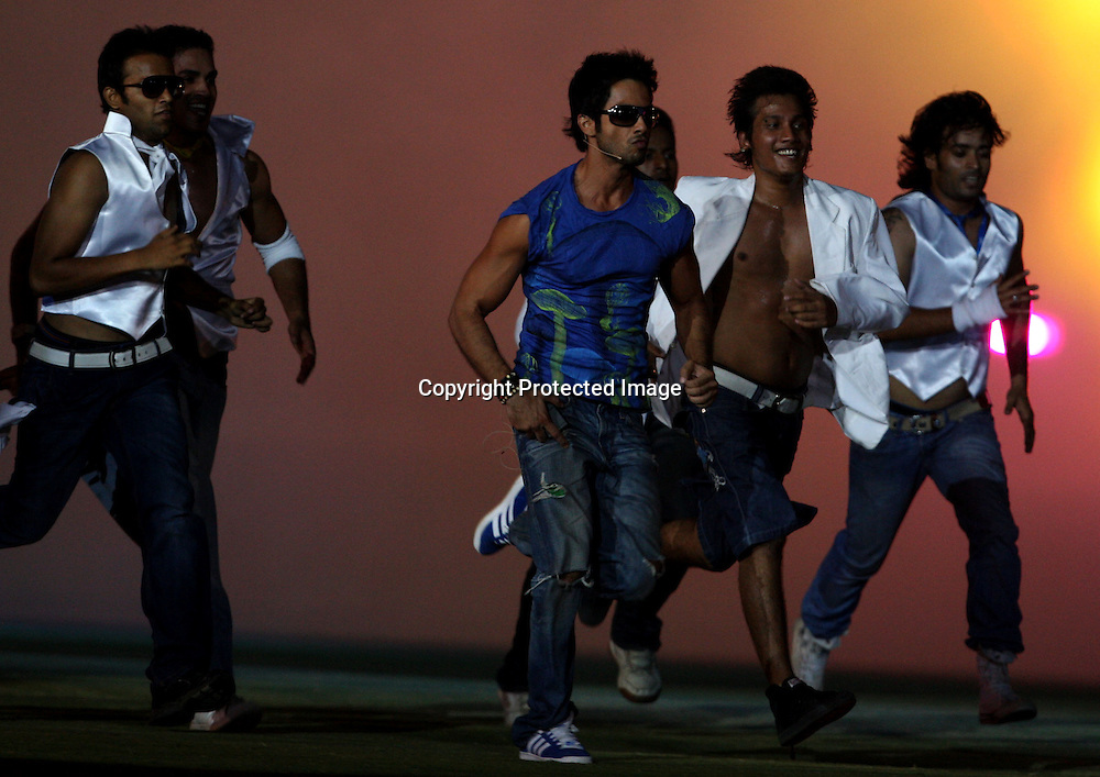 Bollywood actor Shahid Kapoor performs during the closing ceremony, Indian Premier League twenty20 cricket final, Mumbai Indians v Chennai Super Kings, 26 April 2010.