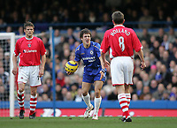 Photo: Lee Earle.<br /> Chelsea v Charlton Athletic. The Barclays Premiership. 22/01/2006. Chelsea's Joe Cole (C) shows his frustration.