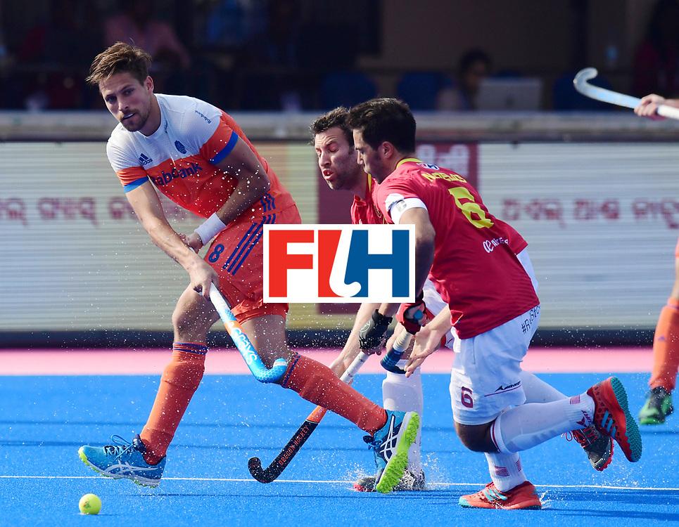 Odisha Men's Hockey World League Final Bhubaneswar 2017<br /> Match id:04<br /> Netherlands vs Spain<br /> Foto: Bjorn Kellerman (Ned) and Miguel Delas (Esp) <br /> WORLDSPORTPICS COPYRIGHT FRANK UIJLENBROEK