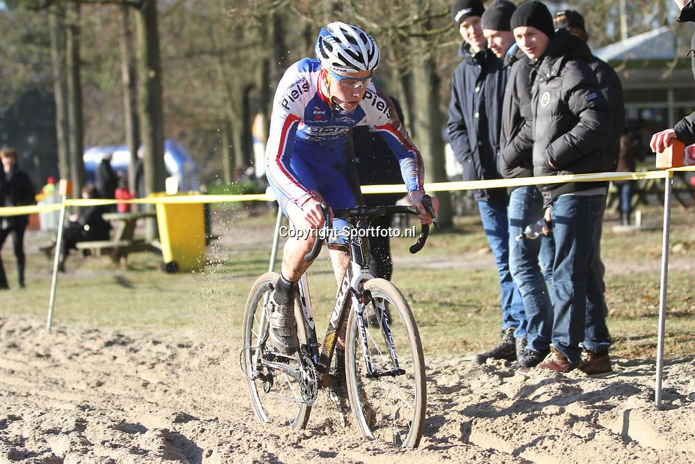 Nederlands Kampioenschap veldrijden Gasselte beloften Stan Wykel