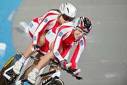 PODKOSCIELNA Iwona Pilot: WNUCZEK Aleksandra, POL, Tandem 4km Pursuit Qualifiers , 2015 UCI Para-Cycling Track World Championships, Apeldoorn, Netherlands