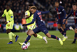 November 2, 2018 - Paris, Ile-de-France, France - Neymar attends the soccer match game between PSG and Lille at the Parc de Prince, in Paris, France. On November 2, 2018. (Photo by Mehdi Taamallah / Nurphoto) (Credit Image: © Mehdi Taamallah/NurPhoto via ZUMA Press)