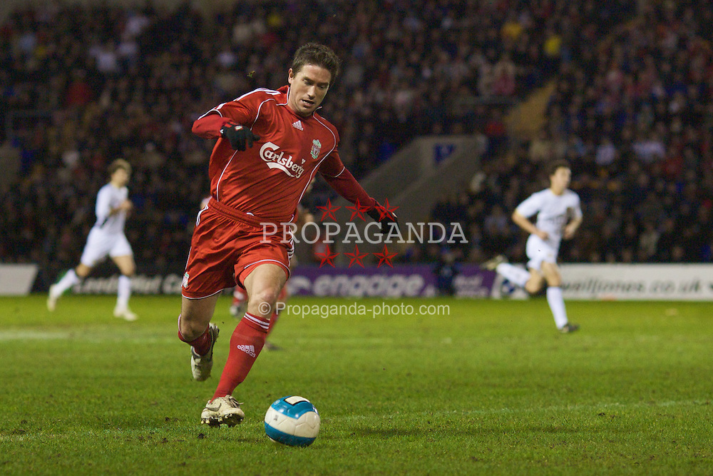 WARRINGTON, ENGLAND - Tuesday, February 26, 2008: Liverpool's Harry Kewell in action against Manchester United during the FA Premiership Reserves League (Northern Division) match at the Halliwell Jones Stadium. (Photo by David Rawcliffe/Propaganda)