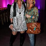 NLD/Amsterdam/20100301 - Modeshow Raak 2010, Marion Bolland - Mulder en Marika de Zwart