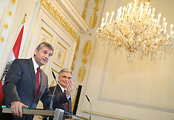 20.03.2012, Bundeskanzleramt, Wien, AUT, Bundesregierung, Sitzung des Ministerrats, im Bild vlnr. Vizekanzler und Bundesminister.für europäische und internationale Angelegenheiten Dr. Michael Spindelegger ÖVP und Bundeskanzler Werner Faymann SPÖ // fltr. Vice chancellor an foreign secretary Michael Spindelegger OEVP and Federal Chancellor Werner Faymann SPOE during the press foyer after the council of ministers, Chancellors office, Vienna, Austria on 2012/03/20, EXPA Pictures © 2012, PhotoCredit: EXPA/ M. Gruber
