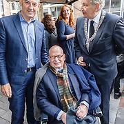 NLD/Amsterdam/20160515 - Nationaal Holocaust museum opent met schilderijen Jeroen Krabbé, oud Amsterdamse  burgermeesters Ed van Thijn en Eberhard van der Laan Job Cohen