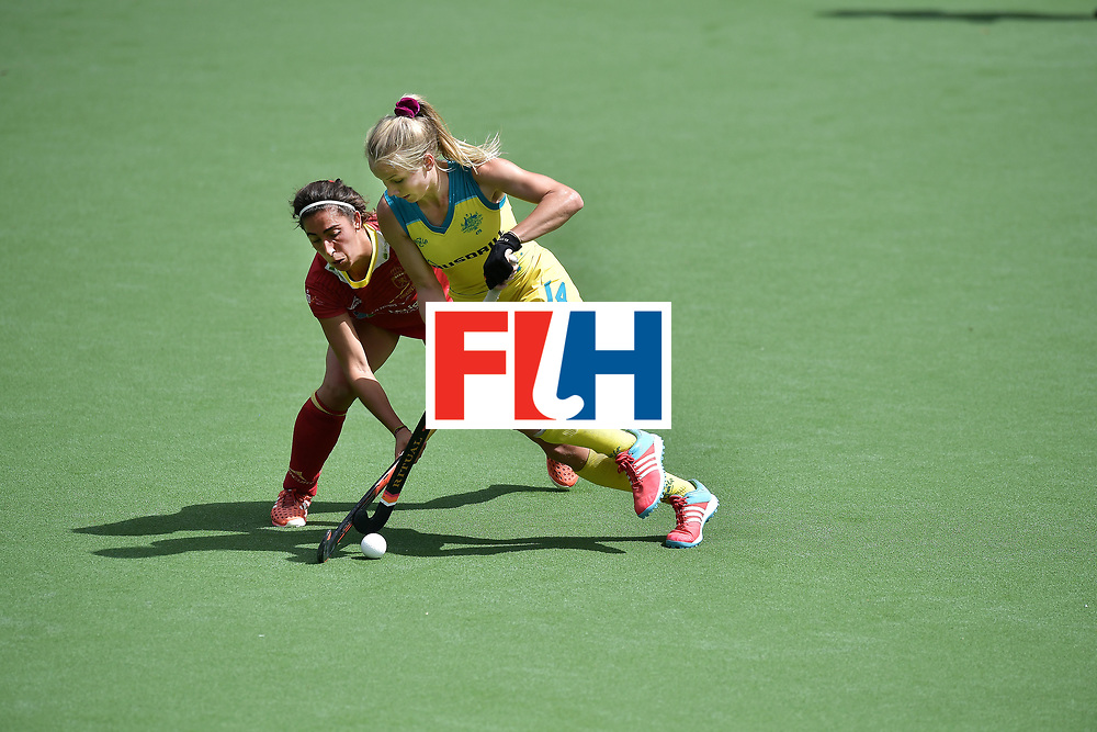 BRUSSELS, BELGIUM - JUNE 25: Stephanie Kershaw (R) of Australia and Julia Pons (L) of Spain during the FINTRO Women's Hockey World League Semi-Final Pool B game between Australia and Spain on June 25, 2017 in Brussels, Belgium. (Photo by Charles McQuillan/Getty Images for FIH)