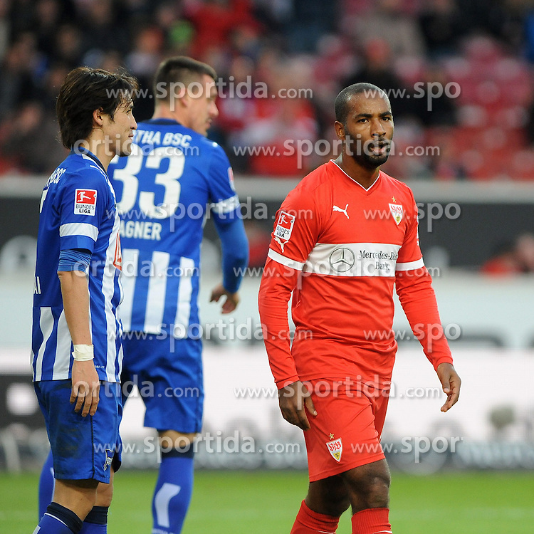 22.02.2014, Mercedes Benz Arena, Stuttgart, GER, 1. FBL, VfB Stuttgart vs Hertha BSC, 22. Runde, im Bild Ein sichtlich bedienter Cacau (VfB Stuttgart), rechts // during the German Bundesliga 22nd round match between VfB Stuttgart and Hertha BSC at the Mercedes Benz Arena in Stuttgart, Germany on 2014/02/23. EXPA Pictures &copy; 2014, PhotoCredit: EXPA/ Eibner-Pressefoto/ Stuetzle<br /> <br /> *****ATTENTION - OUT of GER*****