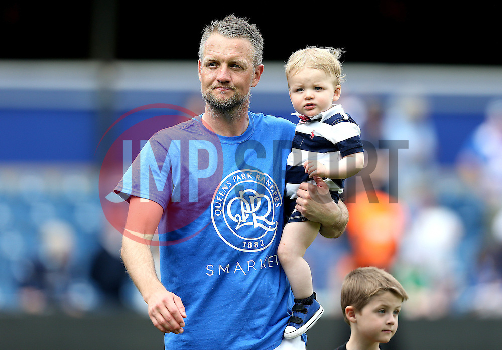 Clint Hill shows off the new Queens Park Rangers on a shirt - Mandatory by-line: Robbie Stephenson/JMP - 07/05/2016 - FOOTBALL - Loftus Road - London, England - Queens Park Rangers v Bristol City - Sky Bet Championship