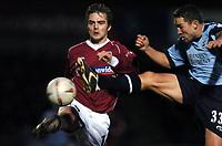 Fotball<br /> FA Cup tredje runde<br /> 08.01.2005<br /> Foto: Fotosports/Digitalsport<br /> NORWAY ONLY<br /> <br /> David Rowson Northampton Town - Paul Telfer Southampton<br /> <br /> Northampton Town V Southampton