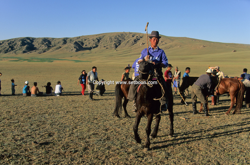 Mongolia. Polo game. (sport born in Mongolia) Orkhon valley  Karakorum      jeu de Polo. sport ne en Mongolie. vallee de l'Orkhon  Karakorum   Mongolie