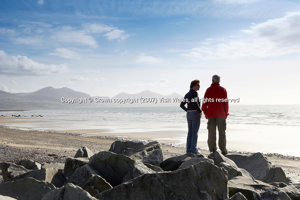Dinas Dinlle<br /> Llyn Peninsula<br /> North<br /> Walking<br /> Activities &amp; Sports