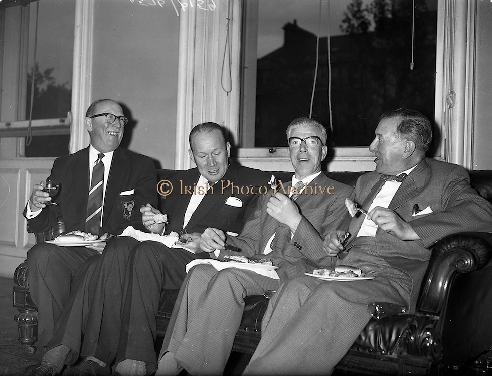 28/09/1960<br /> 09/28/1960<br /> 28 September 1960<br /> Luncheon at Gilbey's Wine Merchants, Nos. 46-49 O'Connell St., Dublin.<br /> (l-r); W. Thompson; T. Arnio; R.T. Meacock and H. Astles.