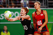 Samantha Sinclair of New Zealand in action. Gold Coast 2018 Commonwealth Games, Netball, New Zealand Silver Ferns v England, Gold Coast Convention and Exhibition Centre, Gold Coast, Australia. 11 April 2018 © Copyright Photo: Anthony Au-Yeung / www.photosport.nz