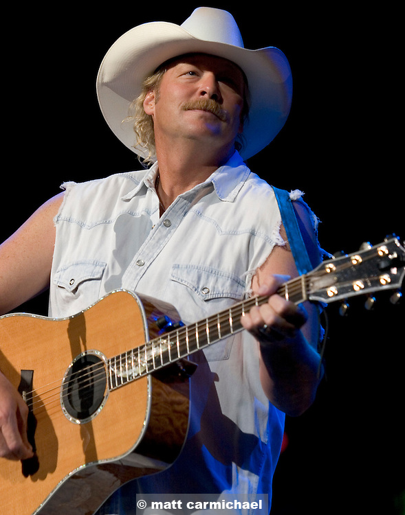 Alan Jackson performs live in Concert at Chicago's Tweeter Center.