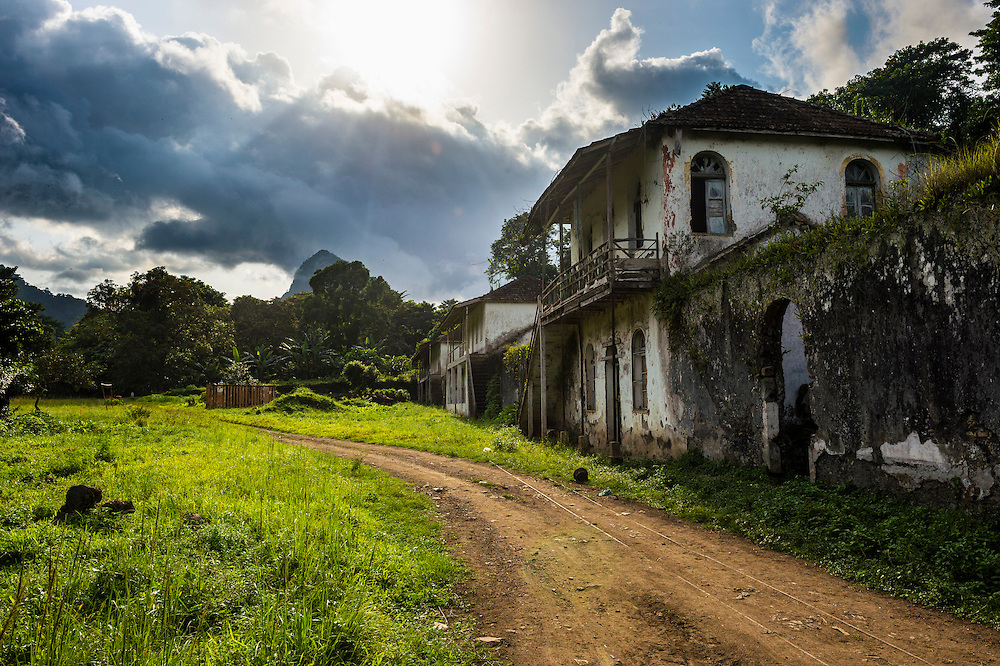 Decaying houses in the old plantation Roca Bombaim in the jungle interior of Sao Tome, Sao Tome and Principe, Atlantic ocean
