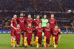 12.02.2019, Stadio Olimpico, Rom, ITA, UEFA CL, AS Roma vs FC Porto, Achtelfinale, Hinspiel, im Bild La formazione dell'AS Roma prima della partita The AS Roma line up before the match during the UEFA Champions League round of 16, 1st leg match between AS Roma and FC Porto at the Stadio Olimpico in Rom, Italy on 2019/02/12. EXPA Pictures © 2019, PhotoCredit: EXPA/ laPresse/ Luciano Rossi/AS Roma<br /> L<br /> <br /> *****ATTENTION - for AUT, SUI, CRO, SLO only*****