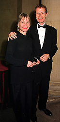 SIR NICHOLAS & LADY SEROTA he is Director of The Tate, at a dinner in London on 1st November 1999.MYJ 45