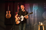 Chris Barron performs at McCabe's Guitar Shop in Santa Monica, California on October 26, 2018 (Photo: Charlie Steffens/Gnarlyfotos)