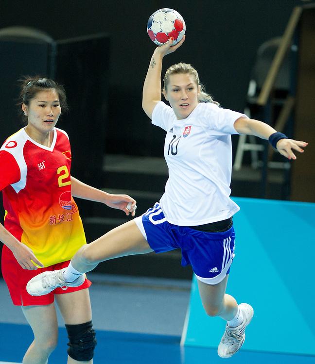 Locia Sukennikova, Qiuxiang Wei