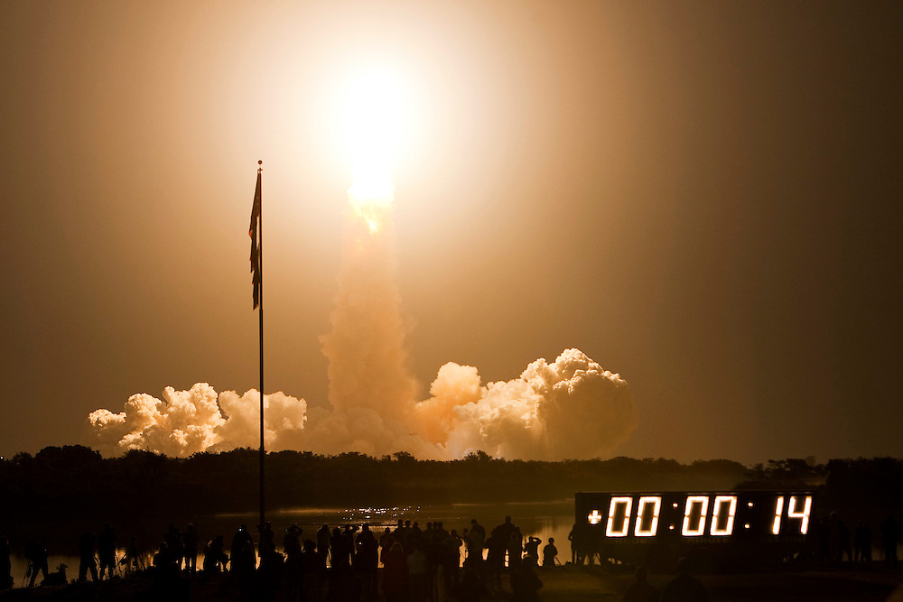 CAPE CANAVERAL, FL - APRIL 5:  Space Shuttle Discovery lifts off from pad 39-a at Kennedy Space Center April 5, 2010, in Cape Canaveral. Discovery is scheduled for a supply mission to the International Space Station. (Photo by Matt Stroshane/Getty Images)
