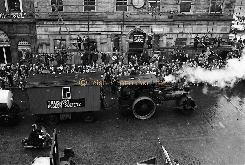 17/03/1964<br /> 03/17/1964<br /> 17 March 1964<br /> St. Patrick's Day Parade, Dublin.  Areling-Porter 1923 steam roller in the parade on Westmoreland Street.