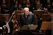 Klaus Maria Brandauer und das ORchester der Klangverwaltung 20171124