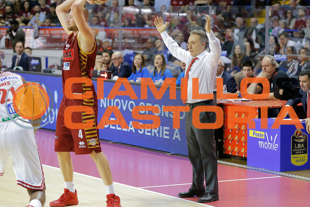 Piero Bucchi<br /> Umana Reyer Venezia - Consultinvest Pesaro<br /> Lega Basket Serie A 2016/2017<br /> Venezia 05/03/2017<br /> Foto Ciamillo-Castoria