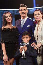 January 10, 2017 - Zuerich, GR, Schweiz - Zuerich, 09.01.2017, Fussball - The Best FIFA Football Awards 2016, Cristiano Ronaldo (POR) gewinnt den Best FIFA Football Award. (Credit Image: © Melanie Duchene/EQ Images via ZUMA Press)