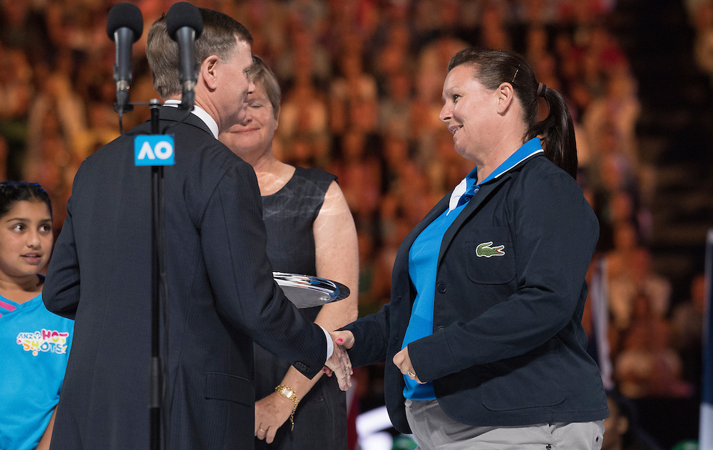 Steve Healy thanks the chair umpire after the women's final on day thirteen of the 2017 Australian Open at Melbourne Park on January 28, 2017 in Melbourne, Australia.<br /> (Ben Solomon/Tennis Australia)