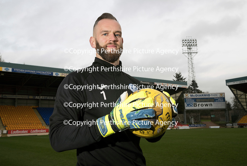 St Johnstone Training&hellip;30.12.16<br />Goalkeeper Alan Mannus<br />Picture by Graeme Hart.<br />Copyright Perthshire Picture Agency<br />Tel: 01738 623350  Mobile: 07990 594431