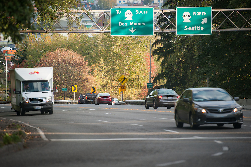 2016 October 11 - Morning traffic near Olson and Myers Way in Highland Park, Seattle, WA, USA. By Richard Walker
