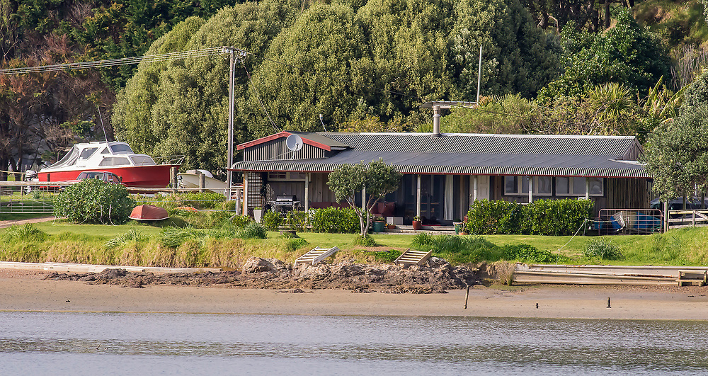 """The family home of New Zealand First leader Winston Peters at Whananaki, Northland, New Zealand. Monday September 26, 2017. Credit: SNPA / Malcolm Pullman. """"NO ARCHIVING"""""""