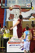 DESCRIZIONE : Cremona Lega A 2011-2012 Vanoli Braga Cremona Umana Reyer Venezia<br /> GIOCATORE : Guido Rosselli<br /> SQUADRA : Umana Reyer Venezia<br /> EVENTO : Campionato Lega A 2011-2012<br /> GARA : Vanoli Braga Cremona Umana Reyer Venezia<br /> DATA : 15/04/2012<br /> CATEGORIA : Schiacciata<br /> SPORT : Pallacanestro<br /> AUTORE : Agenzia Ciamillo-Castoria/F.Zovadelli<br /> GALLERIA : Lega Basket A 2011-2012<br /> FOTONOTIZIA : Cremona Campionato Italiano Lega A 2011-12 Vanoli Braga Cremona Umana Reyer Venezia<br /> PREDEFINITA :