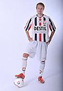 05-07-2009: Voetbal:Studioportretten Willem II<br /> Jasper Waalkens<br /> Foto: Geert van Erven